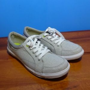 KED'S #61419 GRAY CANVAS SNEAKERS. EXCELLENT COND!